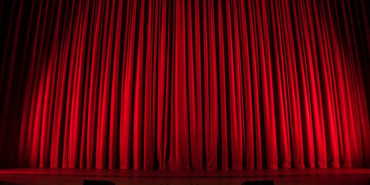 Bildung mit Drama: Theater-Abos